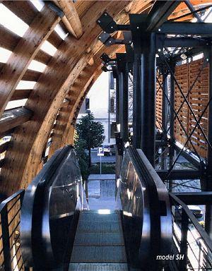 scale mobili in ReggioEmilia
