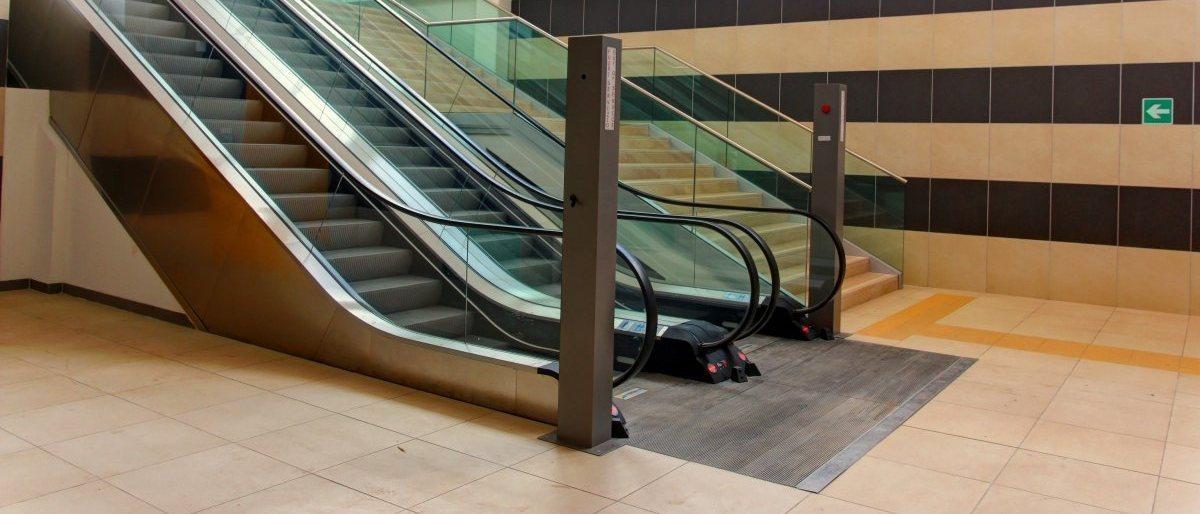 Ascensori e scale mobili Paravia Srl